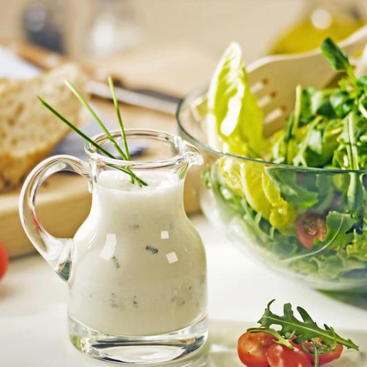 салаты заправленные йогуртом с фото