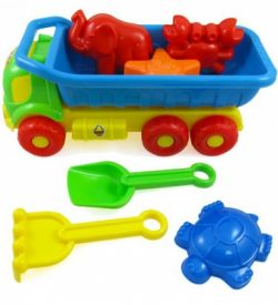 Toys to keep your littles ones entertained while on vacation